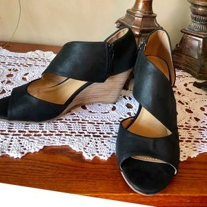 Report Stacked Wedge Heels Size 8